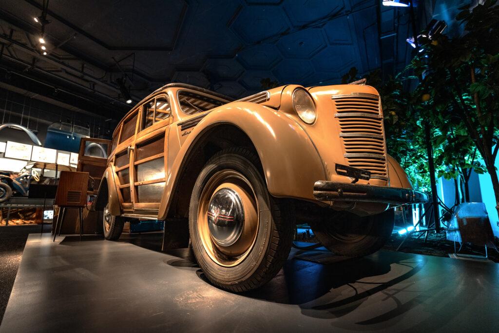Москвич 420-422 - АЗЛК - Экспонат выставки